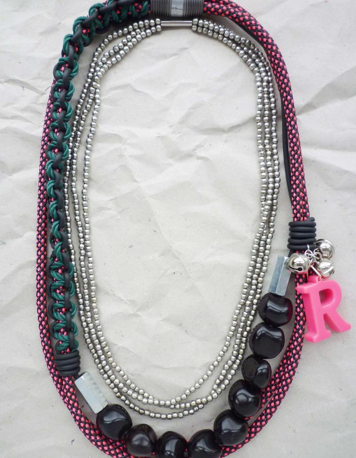 Fove Necklace pink