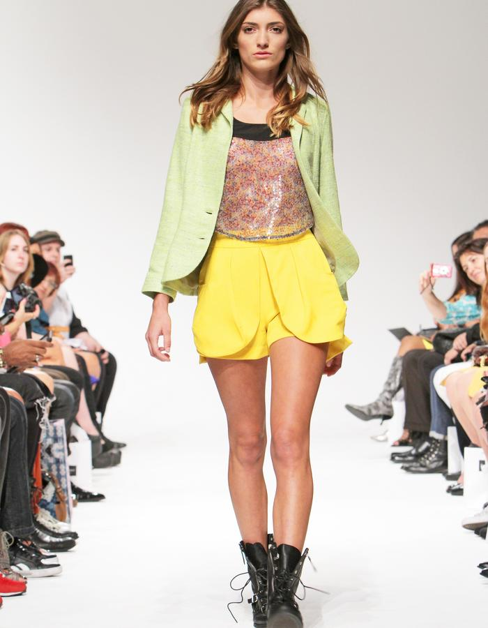 Back sit-out jacket, sequin top, over sized outer pockets shorts