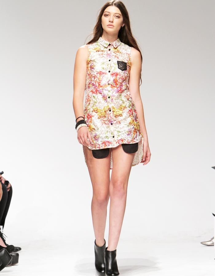 Sleeveless Shirt Dress with exposed pockets