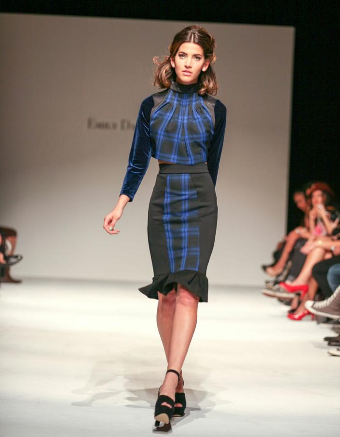 Pleated crop top an pencil skirt with pleats