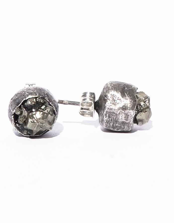 Dreams of Norway jewelry design earring with pyrite
