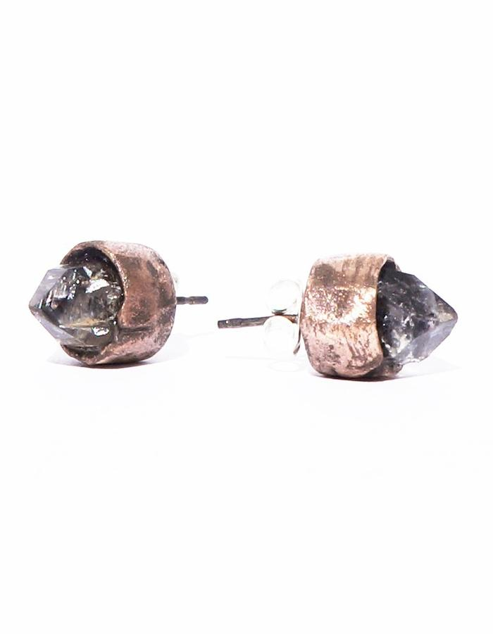 Dreams of Norway jewelry design earring with quartz