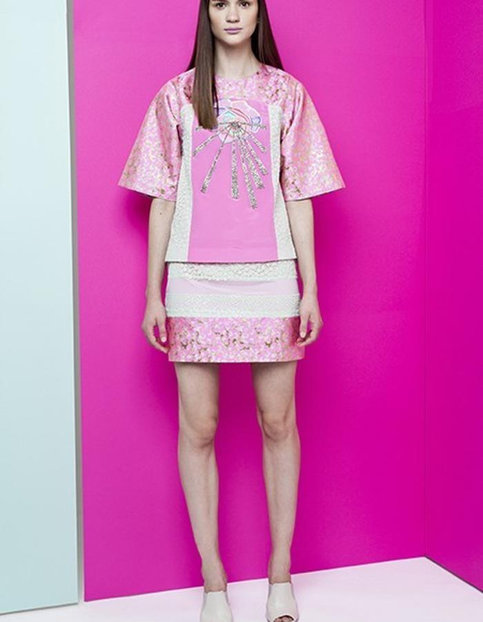 TENI FLOWER EMBROIDERED T SHIRT // JOSE PANELLED MINI-SKIRT