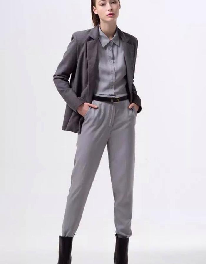 FITTED HIGH WAISTED TROUSERS
