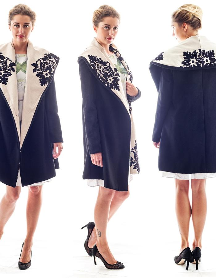 The DAMASK coat is reversible, on side cashmere one side linen embroider with velvet.