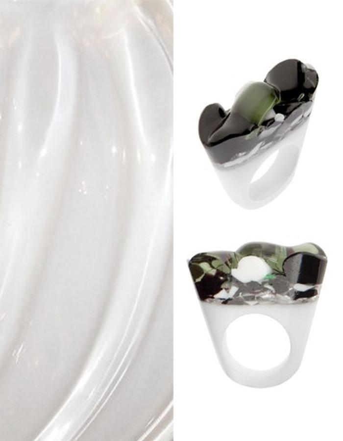 Of a Kind Murano Glass Ring_Cholera_Handcrafted by Pasionae