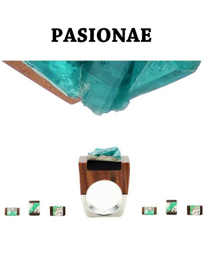 Of a Kind Emerald Wood and Silver Ring_Delight_Handcrafted by Pasionae