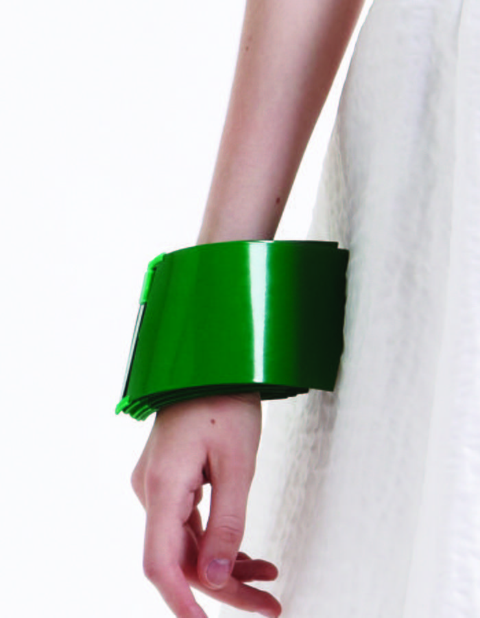 Sliding metal cuff with powder coating finish and 3D printed joints
