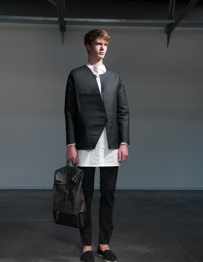 OLAV/Jacket + LARS/Shirt + JAN/Pants + HENRIK/Bag