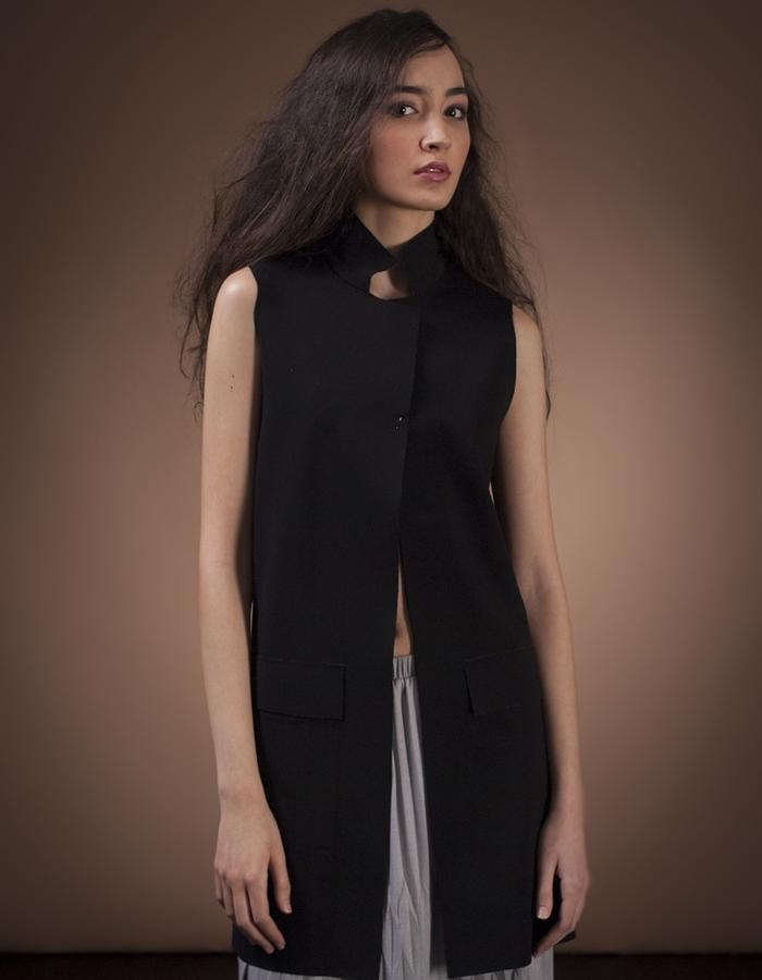 Shaddow Vest, Poly