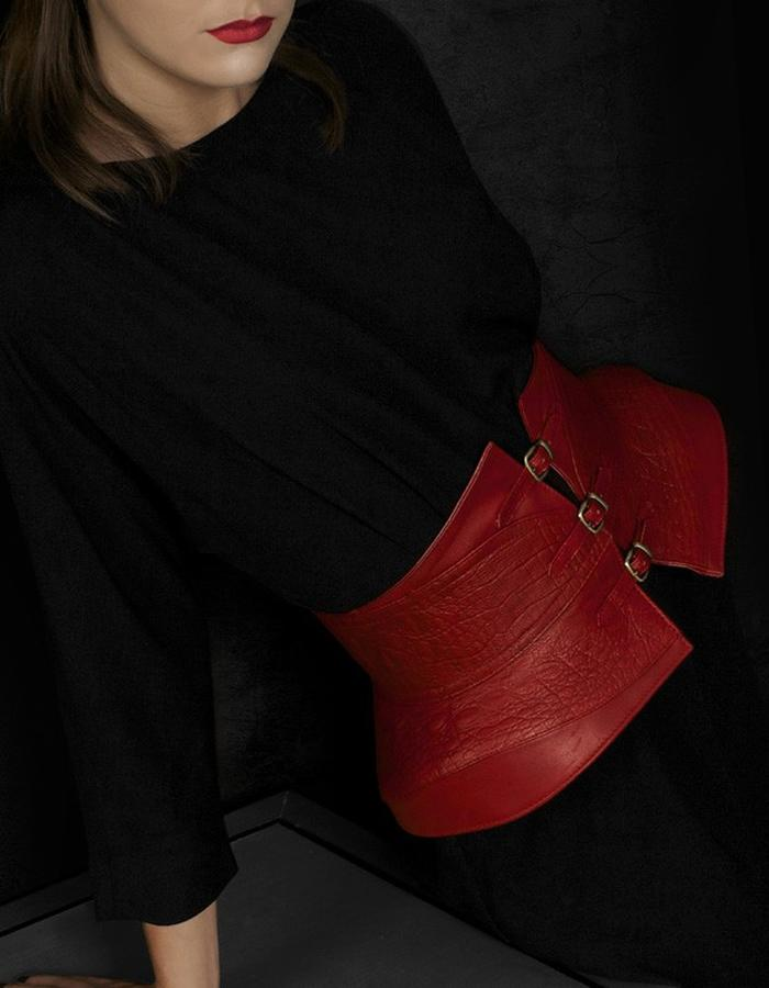 HANDS OF OIZO - SOBEK Leather Waist belt (red)