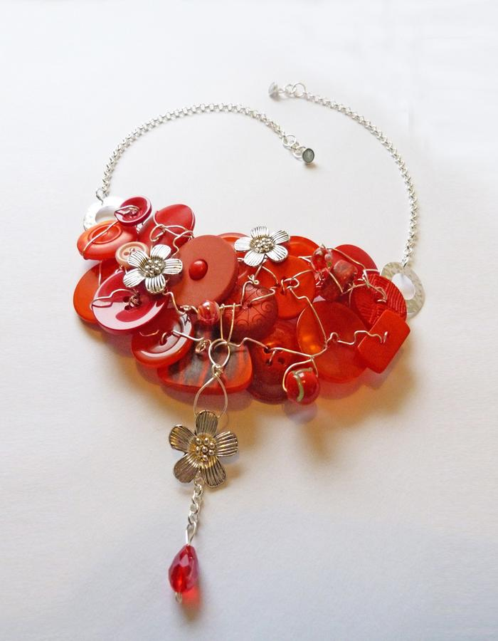 Poppy necklace.