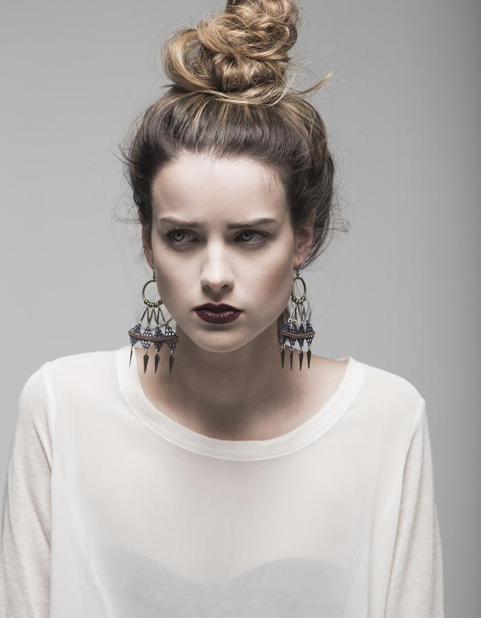 Array lace earrings