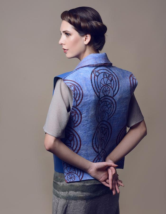 Printed waistcoat. Using natural materials: leather, hand made felt.