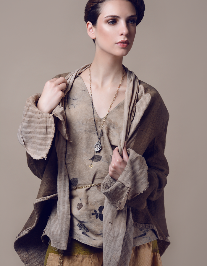 Coat.Using natural materials: linen, hand made felt, dyed with eco print.