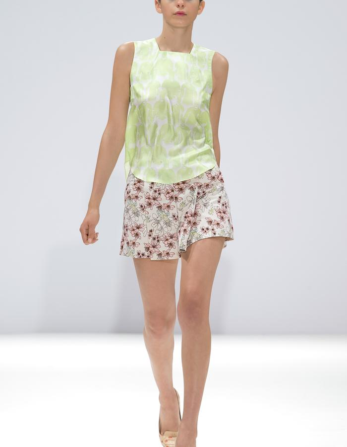 Ong-Oaj Pairam SS15 Spring Summer 15 Green Embossed Vest Hand Painted Court Shoes