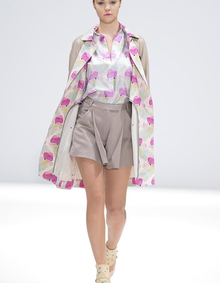Ong-Oaj Pairam SS15 Spring Summer 15. Koi printed trench, Koi printed silk shirt, grey hakaman shorts