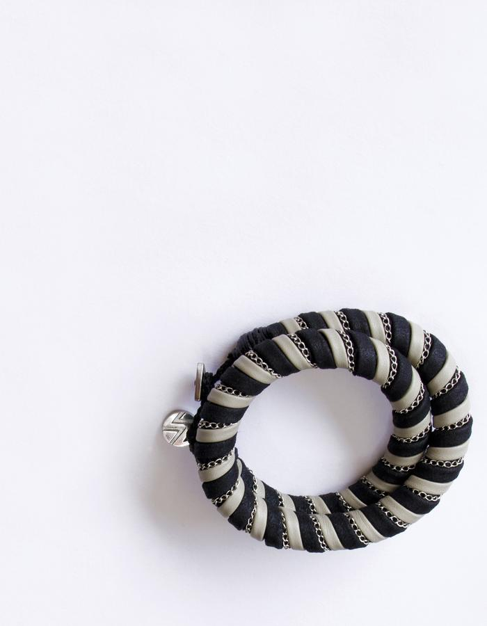 Ilana Creme Small Necklace / Bracelet by Vulantri