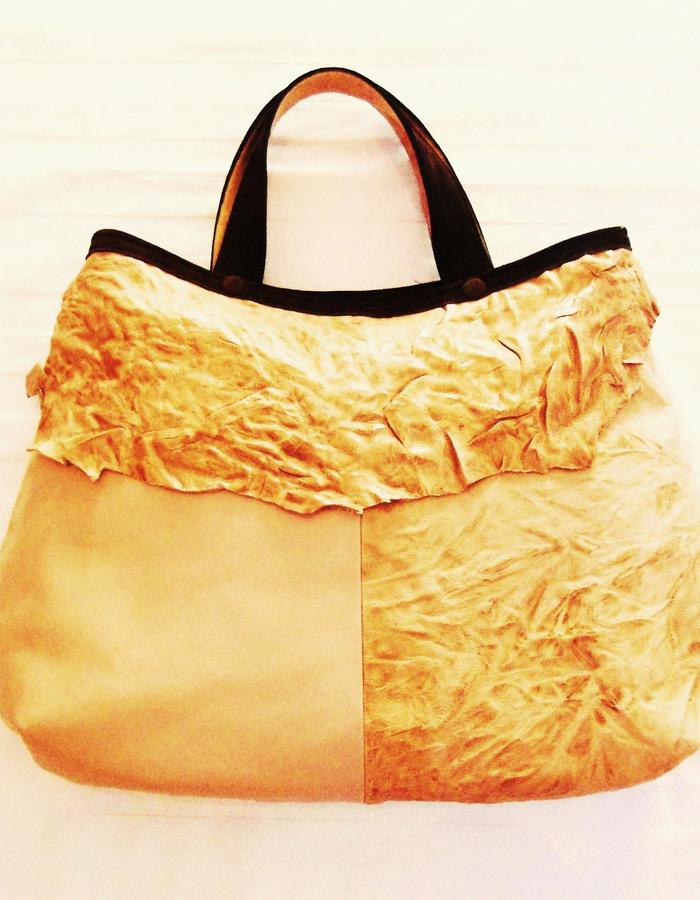 Bag colour sand.