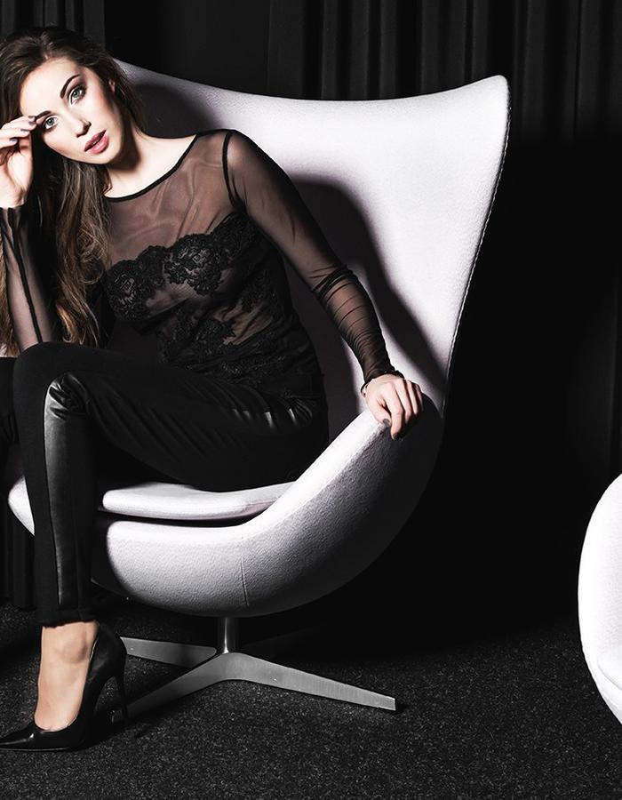 Tulle blouse and leggins with leather detail