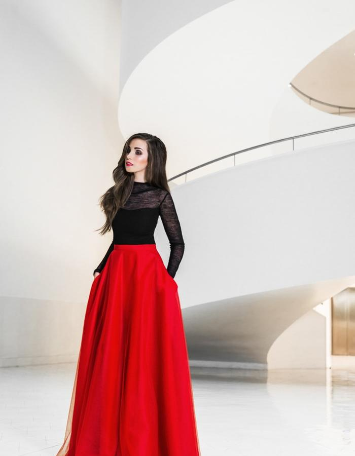 Wollen turtleneck and red maxi skirt with pockets