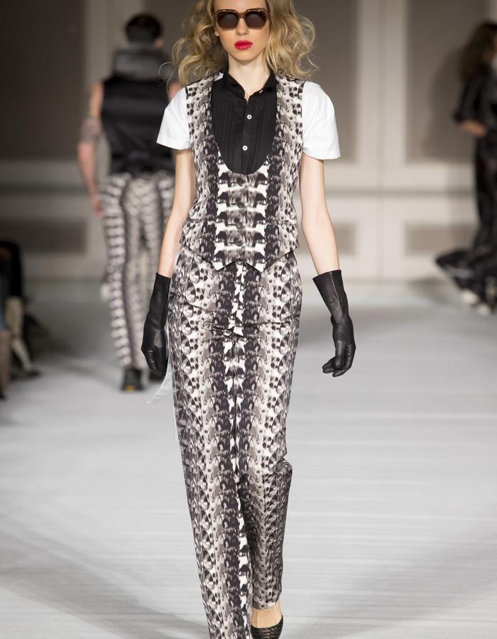 London Fashion Week - Ong-Oaj Pairam Autumn Winter 15