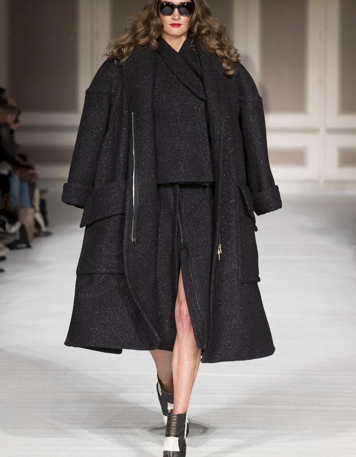 London Fashion Week - Ong-Oaj Pairam Autumn Winter 15 Collec