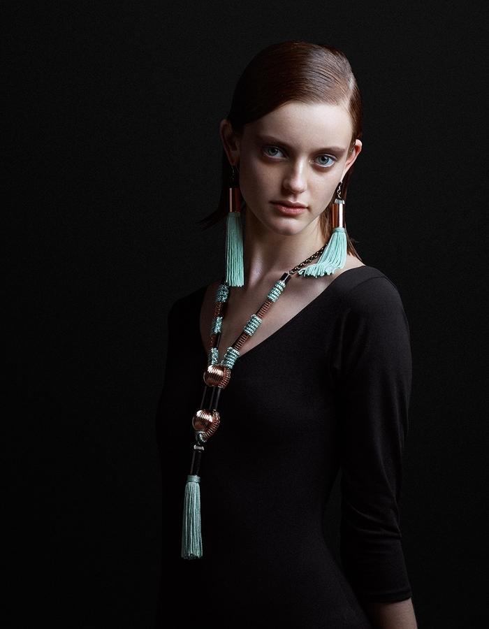 Tassel necklace by Sollis