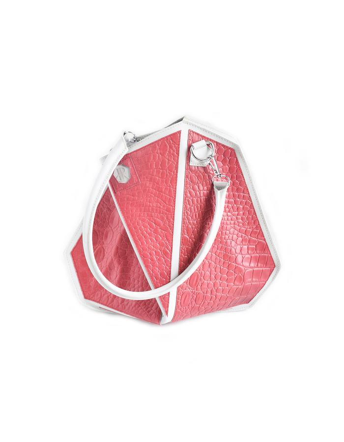 Arianda shapeshifter bag, second transformation