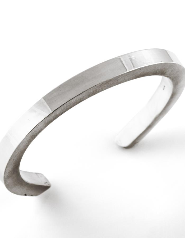 Pulse: Wide bracelet