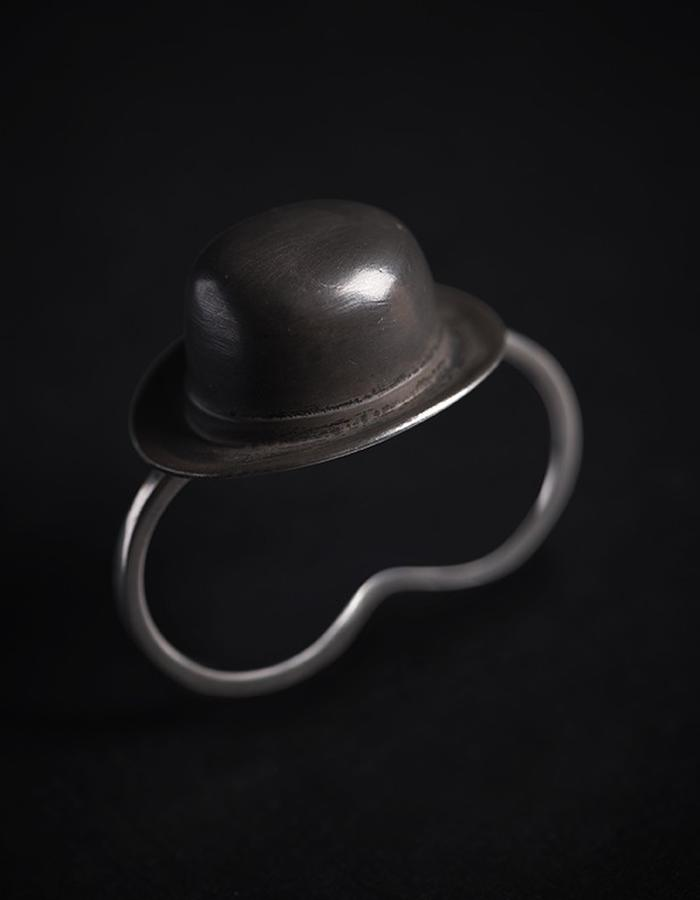 Bowler hat double ring