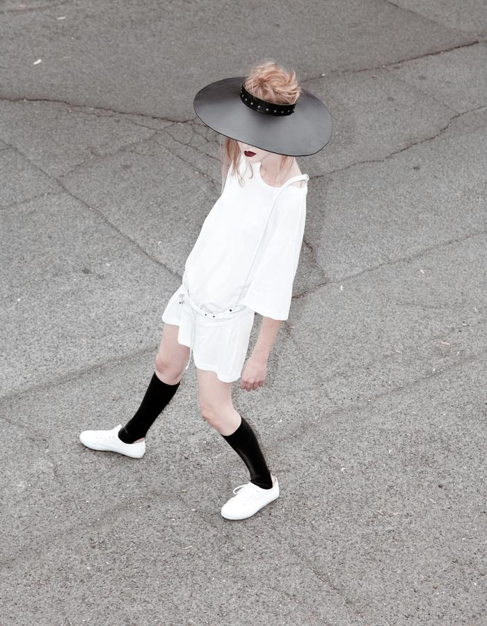 Emily Bye Wide Brim Leather Hat Latex Kneehigh Spats