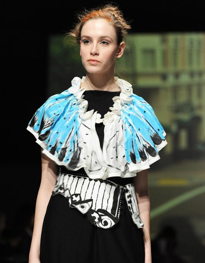 MANDALI MENDRILLA LA FARFALLA COUTURE DRESS