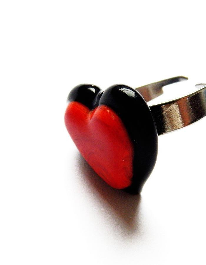 MANDALI MENDRILLA HEART RING