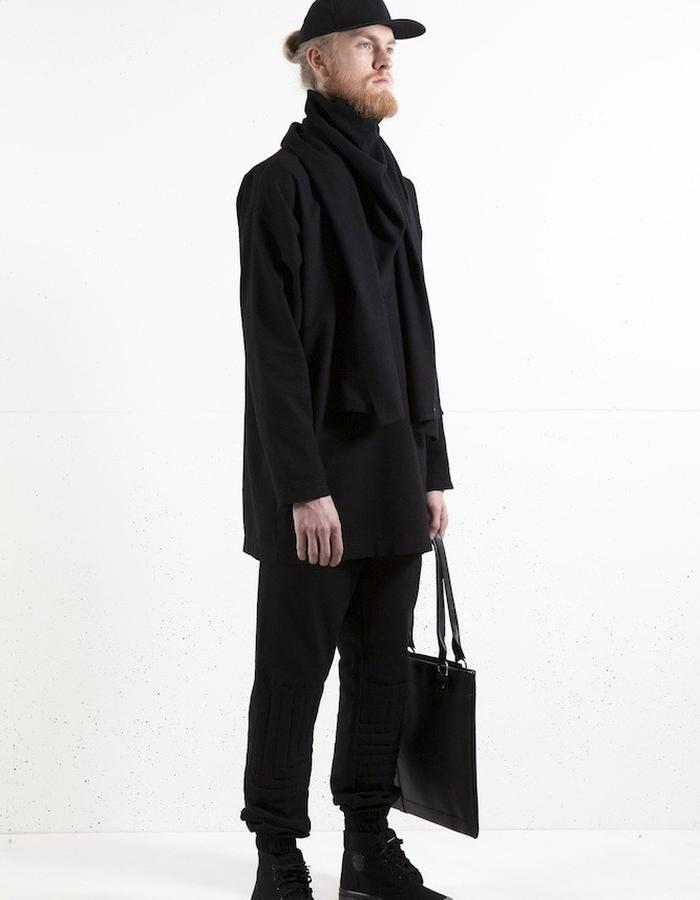 bsicshirt x L-scarf x L-leather shopping bag