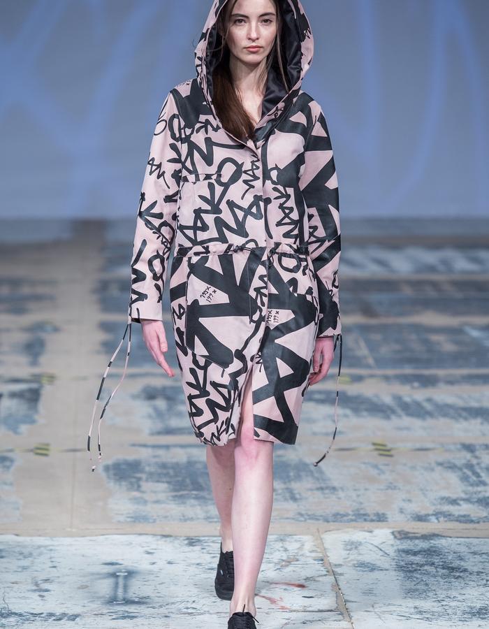 #leathercoat
