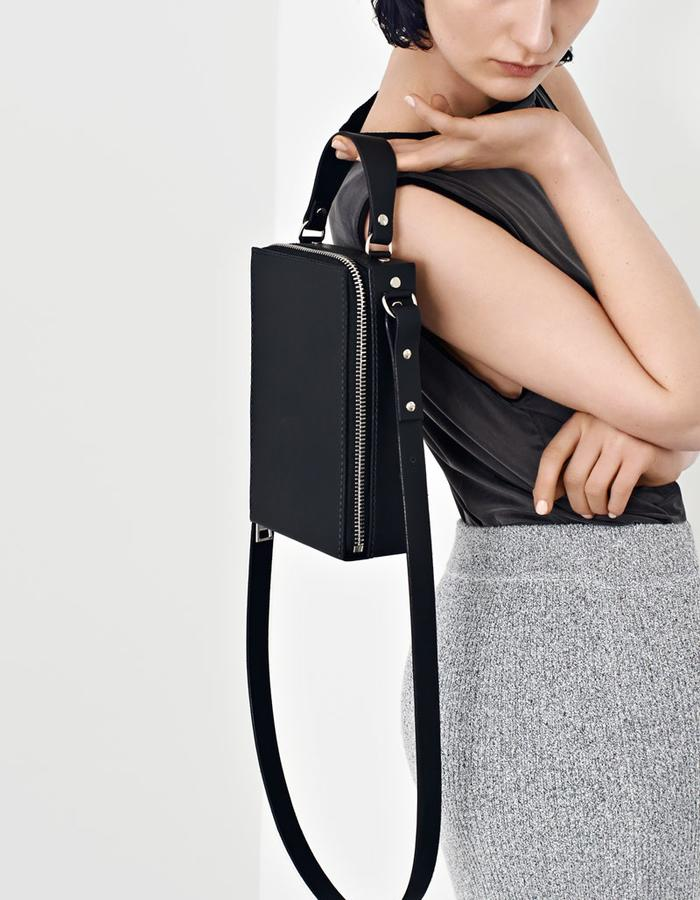 Alpha Cruxis AW15 Box Shoulder Bag