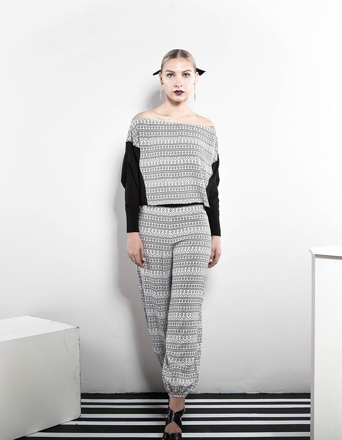 The Black and White print look