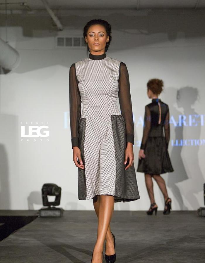 Fitted dress with low back and scarf collar