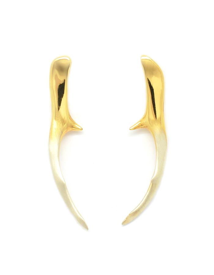Contra Cervus Stud Earrings