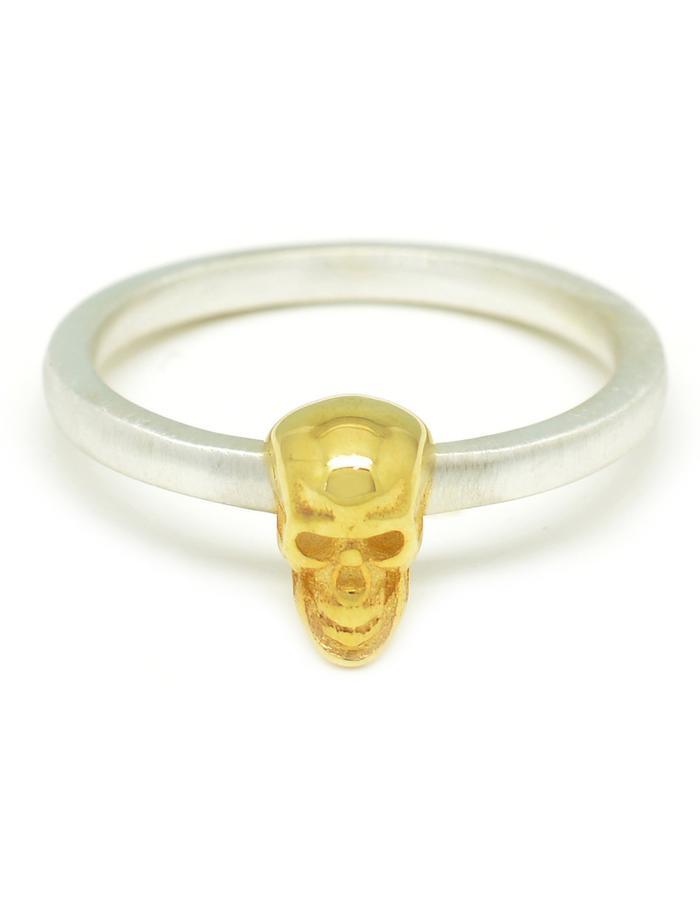 Contra Unum Calvariam Ring