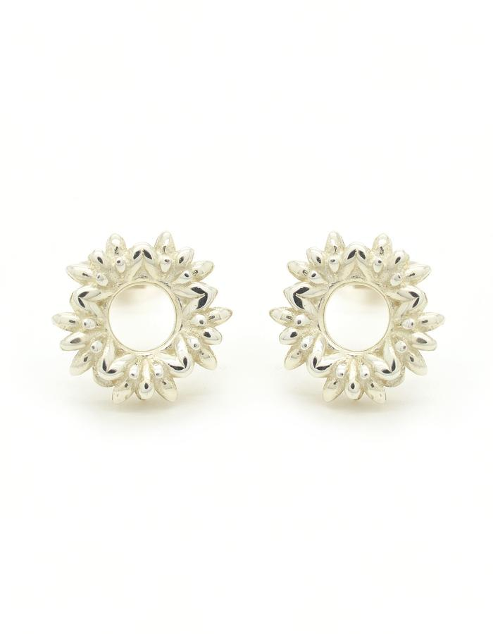 Floreo Wreath Stud Earrings