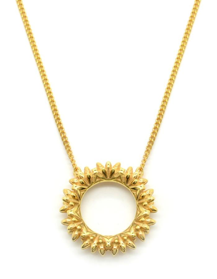 Aurum Floreo Wreath Pendant