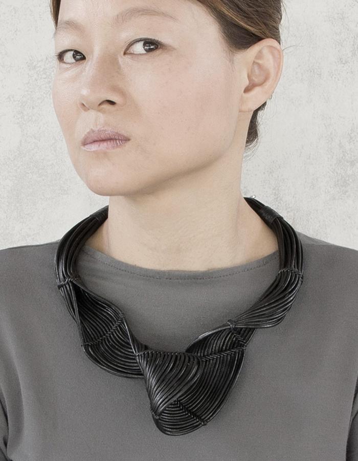 Hava necklace