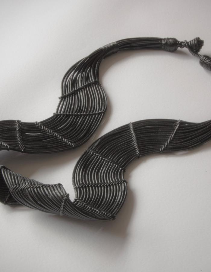 Hava Long necklace