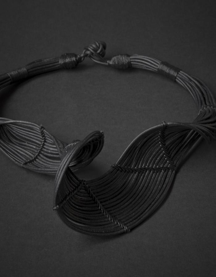 Hava Small necklace