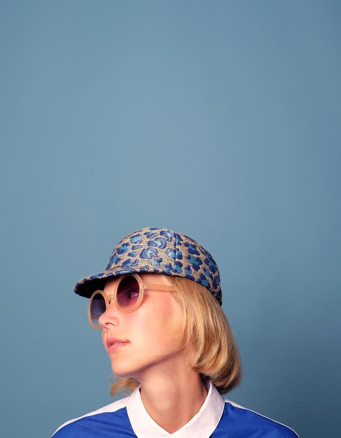 alan auctor ss16 blue leopard flat cap