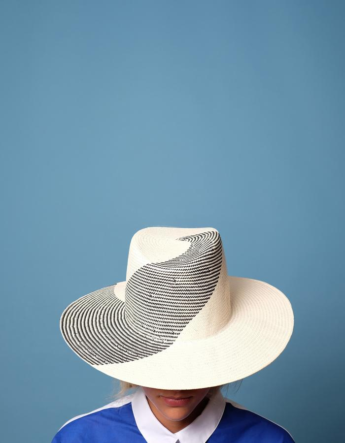 alan auctor ss16 tall black and white wide brim swirl hat