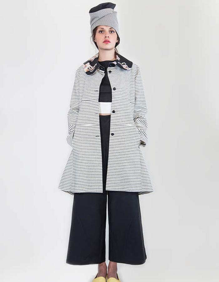 Overcoat in striped chanel woven fabric.