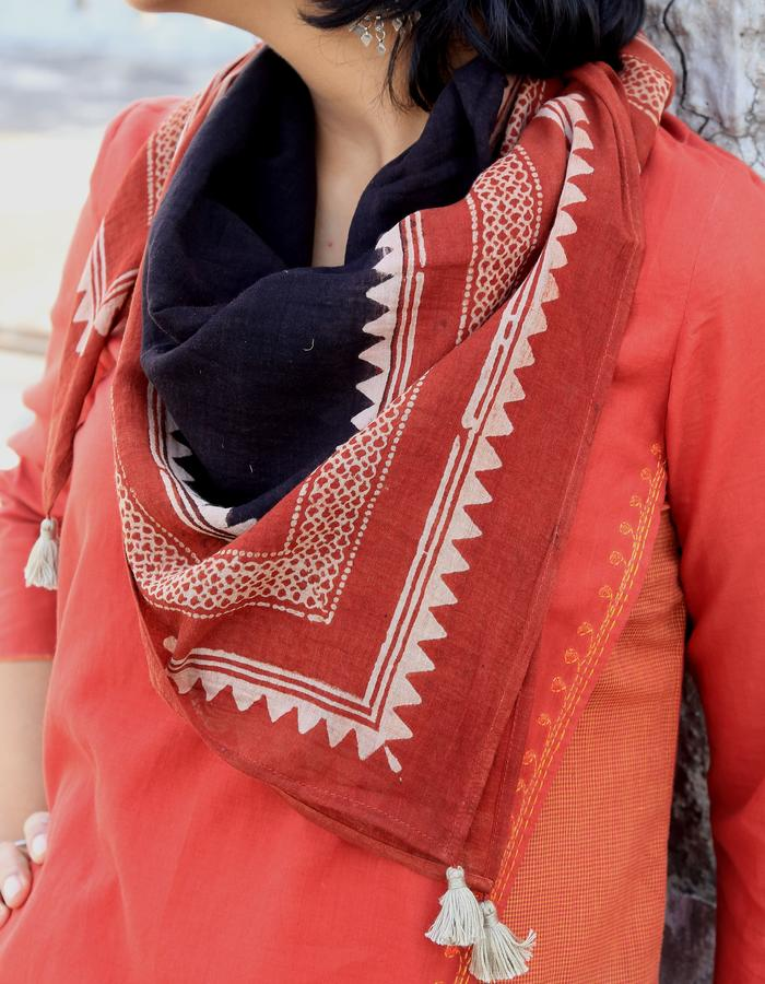 Ajrakh scarf- alizarin/ black/ beige with tassel detail